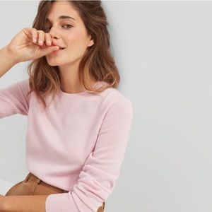 Everlane soft pink 100% cashmere crew sweater